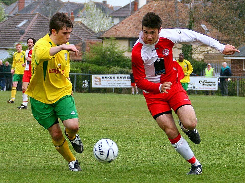 Premiership Star Charlie Austin on Youth Football